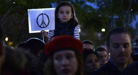attentati parigi isis pace