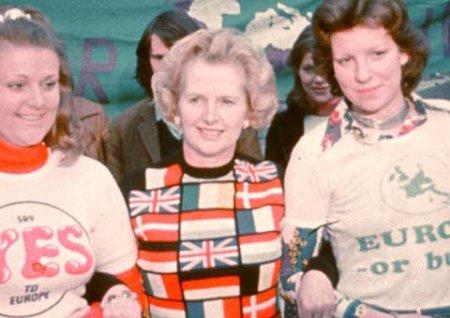 Margaret-Thatcher-flag-pullover
